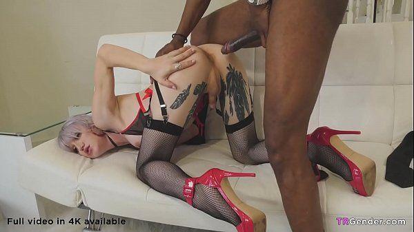 Site sexo com travesti ninfeta dando pra negão