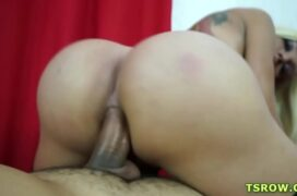 Filme sexo travesti deliciosa sentando pelada no pau